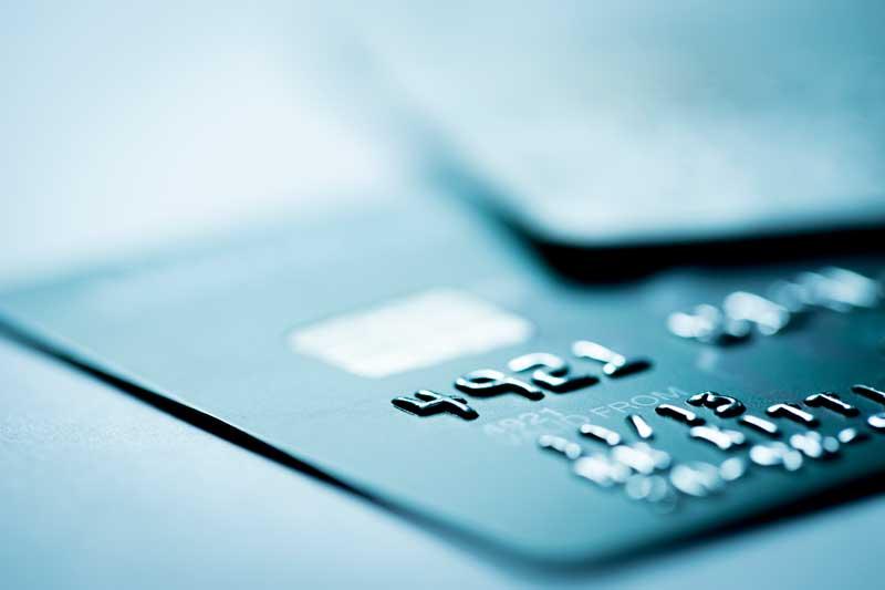Reclamación al banco por nulidad de contrato de Tarjeta de Crédito Revolving por abusiva y usuraria